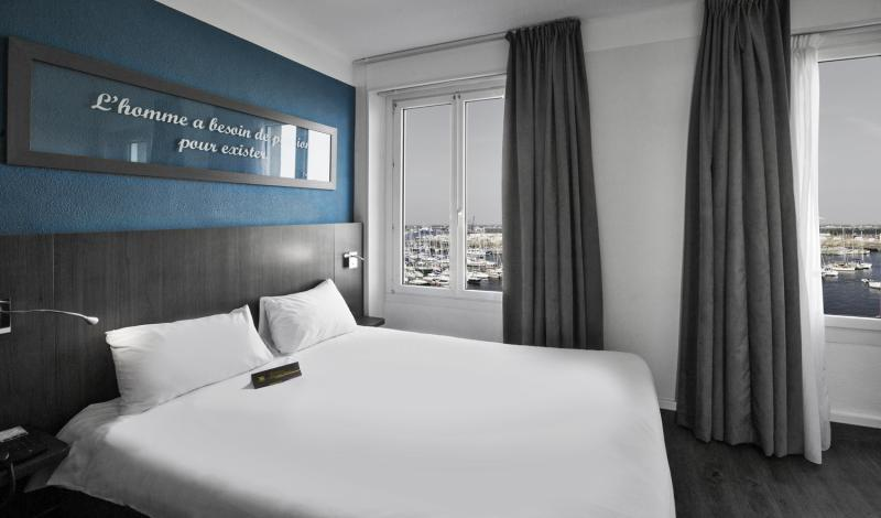 D tails chambre double hotel ibis styles saint malo intra for Prix chambre ibis